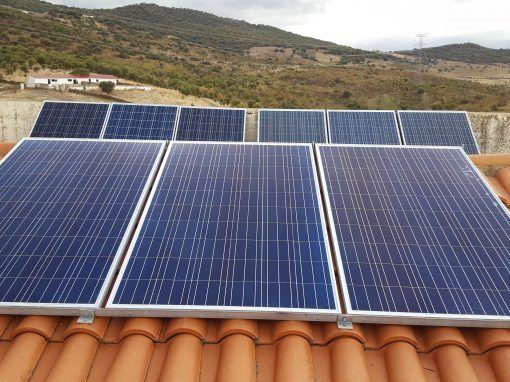 Ampliación Instalación Fotovoltaica Casa Rural Burguillos del Cerro