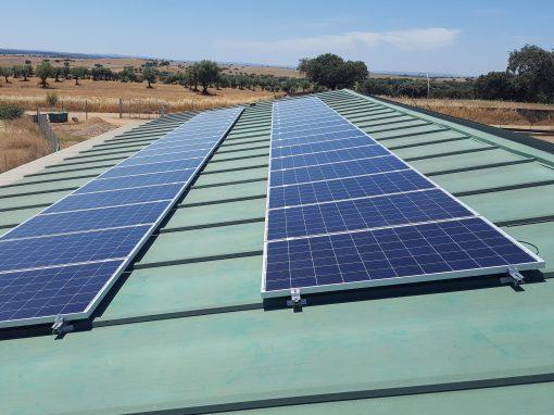 Instalación fotovoltaica de Autoconsumo en Villanueva del Fresno