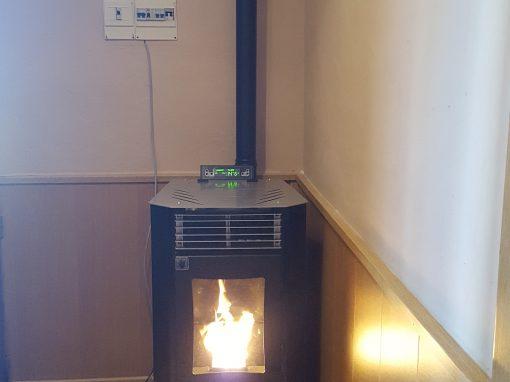 Instalación de estufa de pellets 9,5 kW en Palazuelo