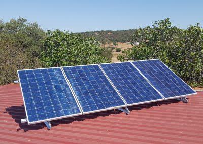 Instalación de placas solares en Oliva, estructura de placas solares, Placas solares de 280W