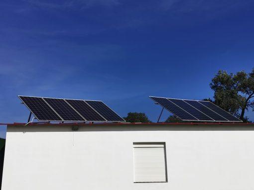 Instalación Fotovoltaica Aislada en Barcarrota