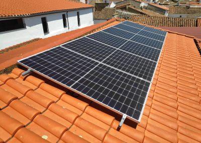 Instalación fotovoltaica de autoconsumo en Burguillos del Cerro